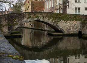Picture perfect canals in Bruges
